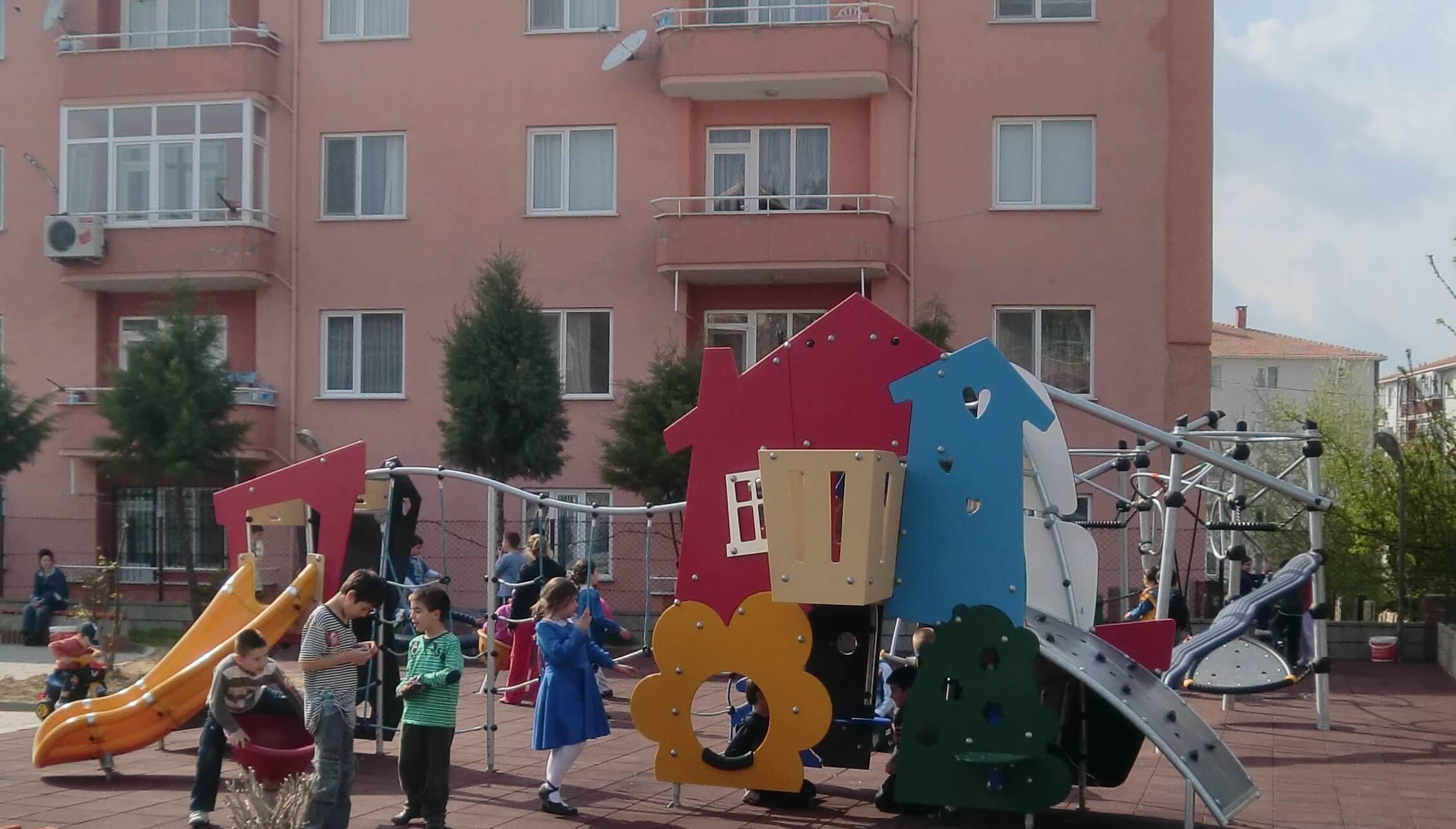 çocuklar-için-park-alanı-1