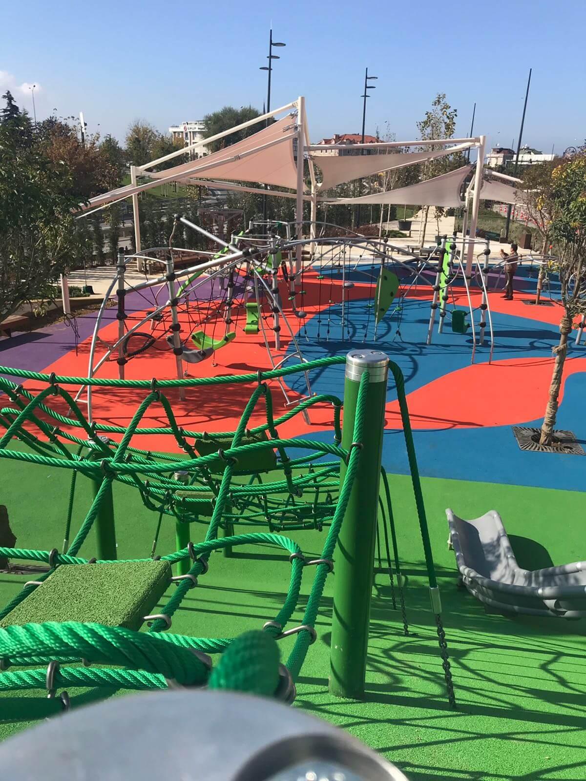 Rönesan-Hilltown-playground-3