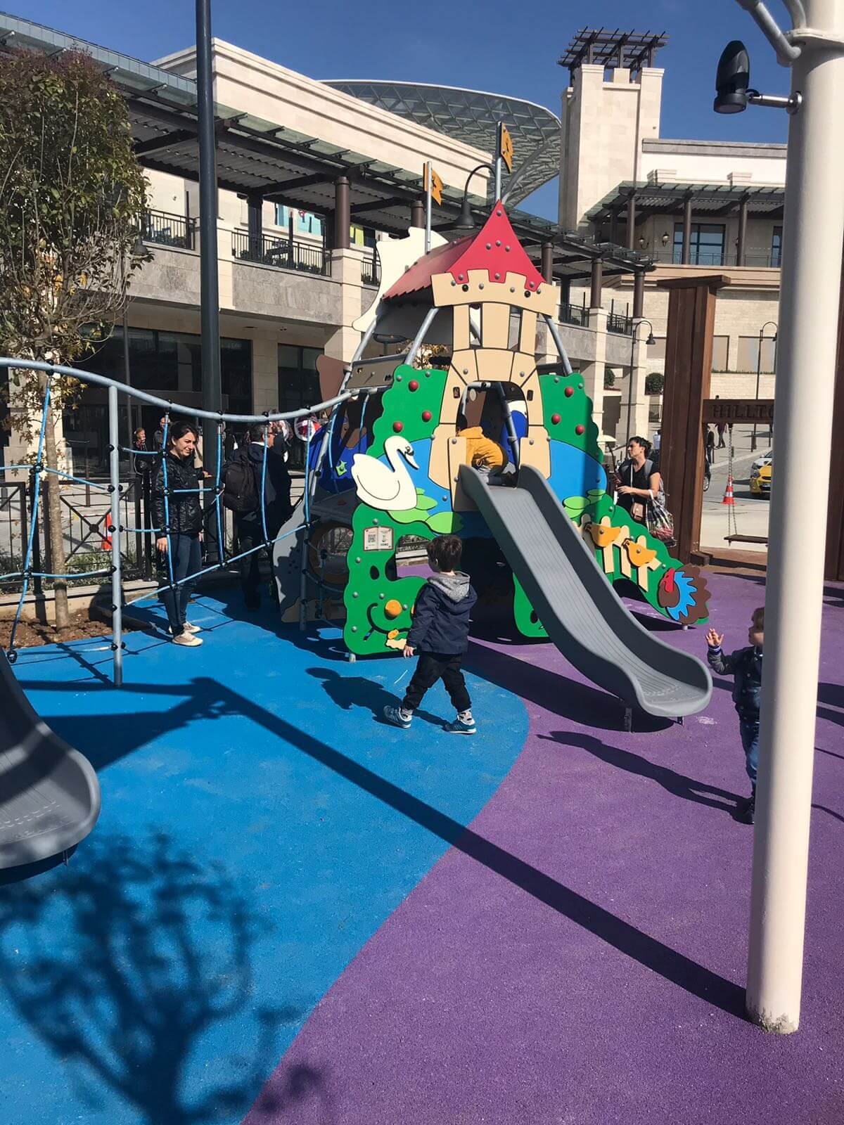 Rönesan-Hilltown-playground-9
